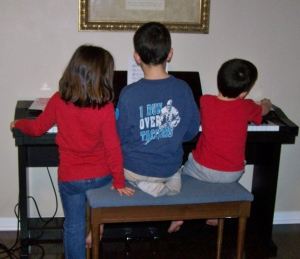 Christmas Piano Lessons- 3 for the price of 1!